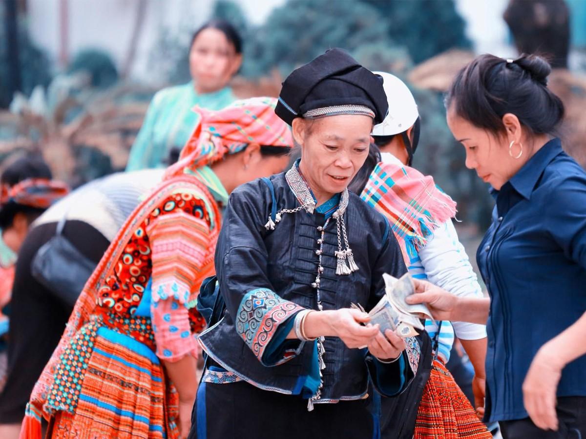 Công Ty TNHH Canon Việt Nam đã đồng hành cùng Du Lịch Á Châu. Còn Công Ty Bạn Thì Sao????